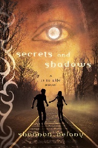 Cover secrets and shadows englisch